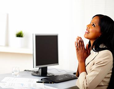 women praying at work